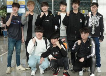 League of Legends: Not yet played the final match, CoreJJ asked fans for advice 'Which Pho is the best in Vietnam?' 4