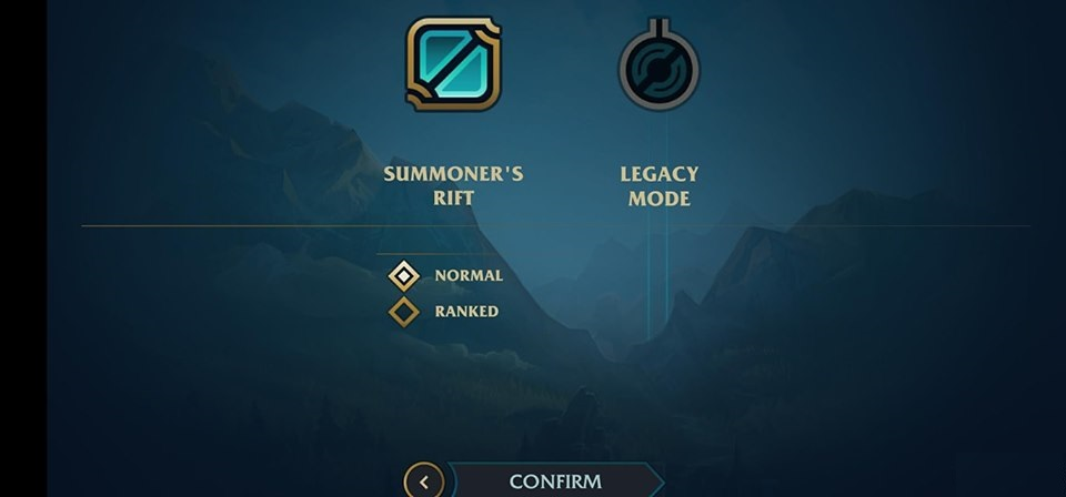 League of Legends: Composite image of LoL Mobile 3