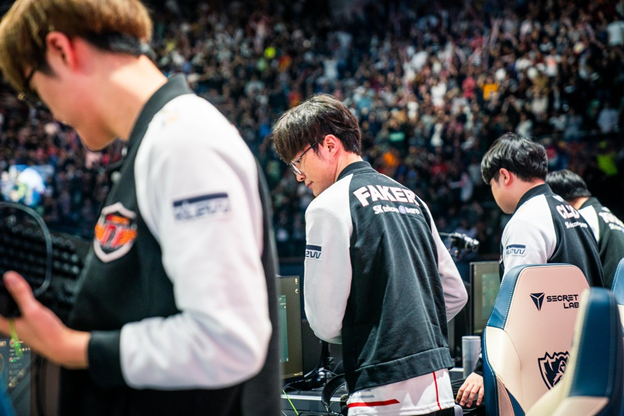 League of Legends: LCK is just a trashy area, what do the community say after the failure of SKT ??? 3