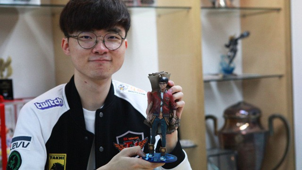 League of Legends: Like Faker, pro gamers and League of Legends viewers will get a 3D statue every week 1