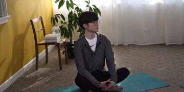 Faker suddenly teaches yoga - Faker teaches yoga 4