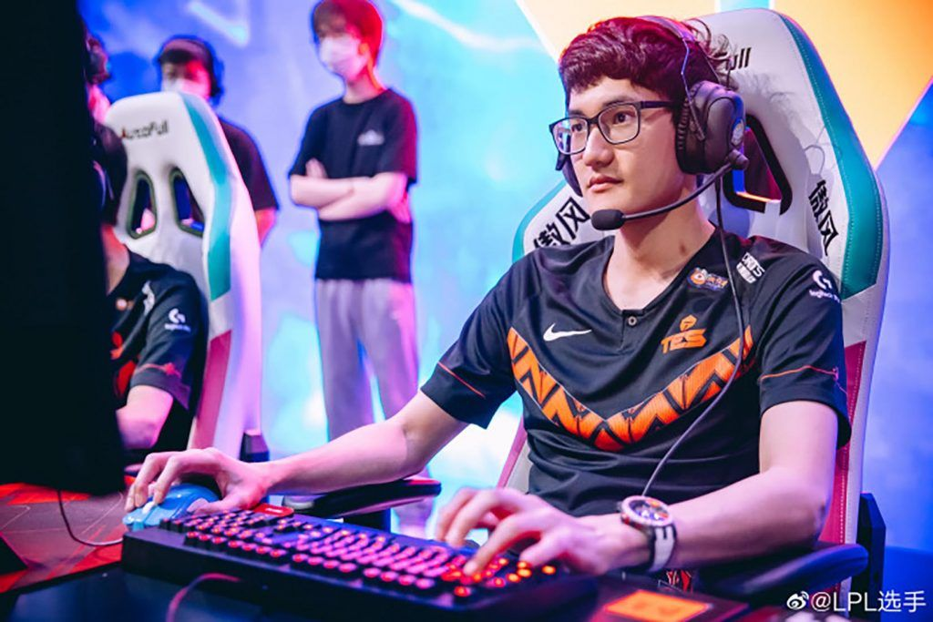 TES Karsa and TL Jensen Attained Unprecedented Achievements: 6 times in a Row Participating in Worlds 2