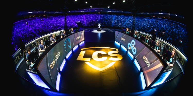The LCS teams request Riot to remove the foreign player limit 1