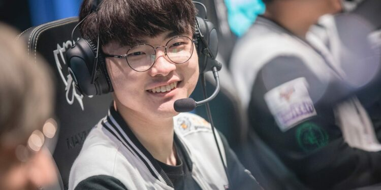 Faker spent all his donations from fans and more than 62.000USD on charity activities 1