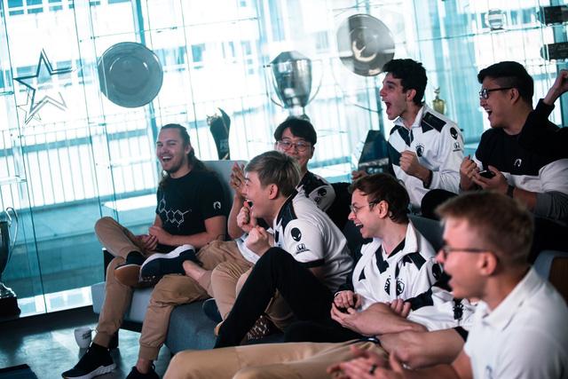 "Team Liquid celebrates after Worlds Group Draw: ""We won worlds!"" 2"