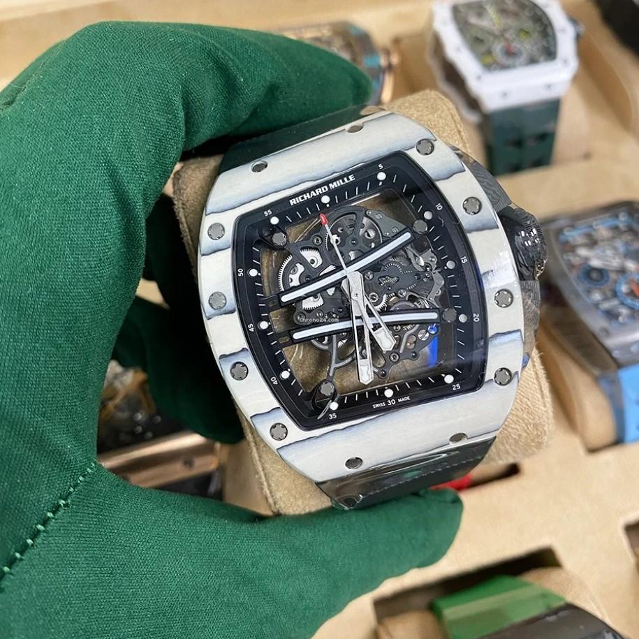 Fans were stunned when FPX Doinb was seen wearing a $775,000 watch 3